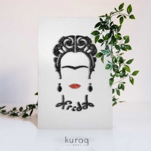 String Art: Frida Kahlo